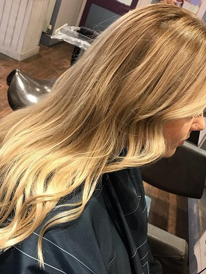 blonde-balayage-Q-Hairdressers-in-West-Malling-Kent