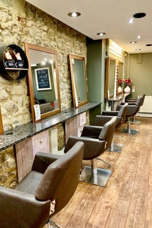 Best hairdressers in West Malling - Q Hairdressing Salon